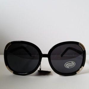 Womens black & pink sunglasses